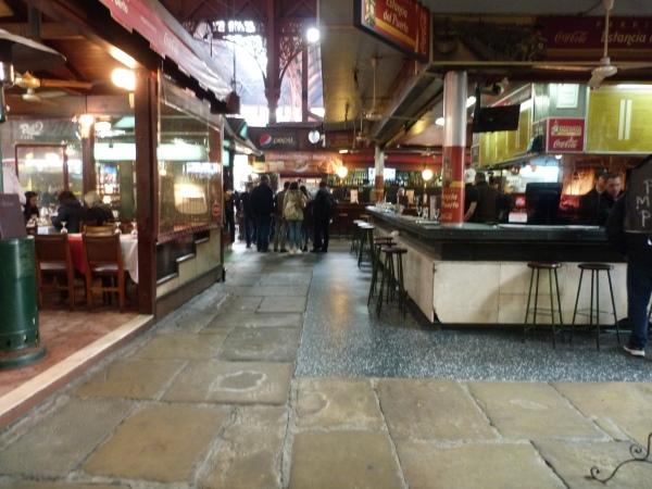 Mercado del Puerto por dentro